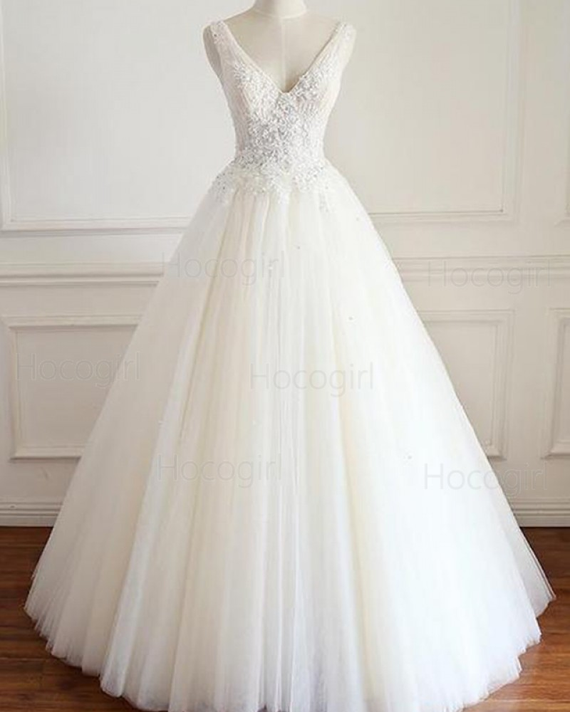 V-neck Lace Applique Bodice Pleated Tulle Ivory Wedding Gown WD2209