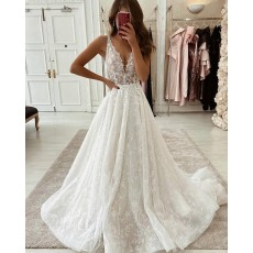 V-neck Ivory Pleated Lace Wedding Dress
