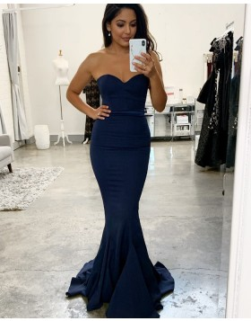 Simple Sweetheart Navy Blue Mermaid Bridesmaid Dress BD2136
