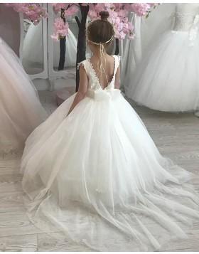 Lace Bodice V-neck White Tulle Flower Girl Dress FG1022
