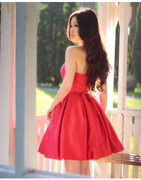 Elegant Simple Sweetheart Ruched Satin Homecoming Dress HD3406