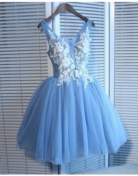V-neck 3D Flower Appliqued Tulle Homecoming Dress HD3509