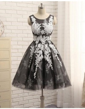 Scoop Neck White & Black Lace Appliqued A-line Homecoming Dress HD3518