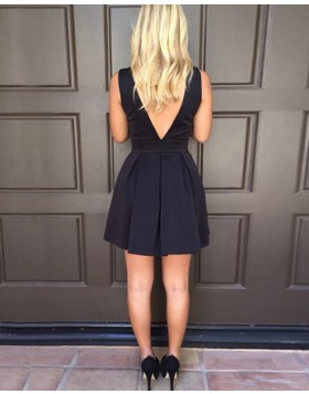 Simple V-neck Black Pleated Satin Short Homecoming Dress HD3542