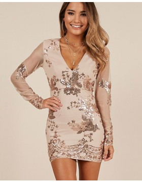 Champagne V-neck Sequin Bodycon Homecoming Dress with Long Sleeves HD3563
