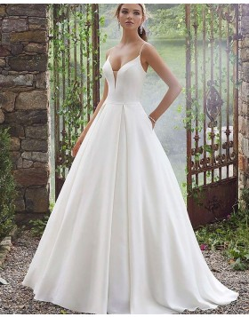Simple Spaghetti Straps White Pleated Wedding Dress with Pockets NWD2101