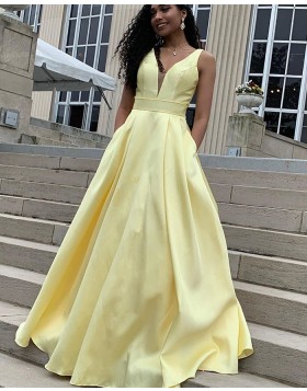 Deep V-neck Simple Yellow Satin Prom Dress with Pockets PD1634
