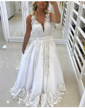 Elegant White V-neck Lace Appliqued Princess Long Prom Dress PM1131