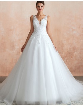 V-neck White Lace Appliqued Tulle A-line Wedding Dress QDWD011