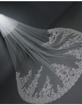 White Two Tiers Lace Applique Edge Chapel Length Bridal Veil TS17101