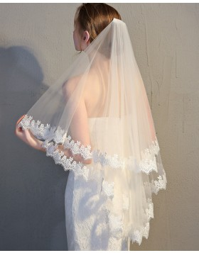 Two Tiers Lace Applique Edge Tulle Ivory Fingertip Length Bridal Veil TS17148