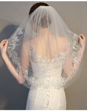 Ivory Tulle Lace Applique Edge Elbow Length Bridal Veil TS17150