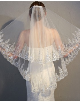 Two Tiers Tulle Applique Edge Fingertip Bridal Veil TS17152