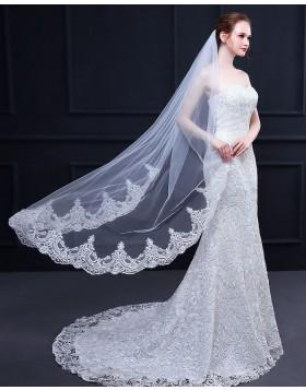 White Lace Applique Edge Waltz Length Bridal Veil TS18017