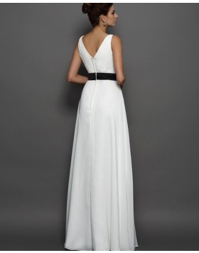 V-neck Pleated Ivory Tulle Beach Wedding Dress with Black Beading Belt WD2010