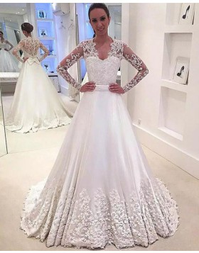 White Queen Anne 3D Flower Satin Wedding Dress with Long Sleeves WD2076