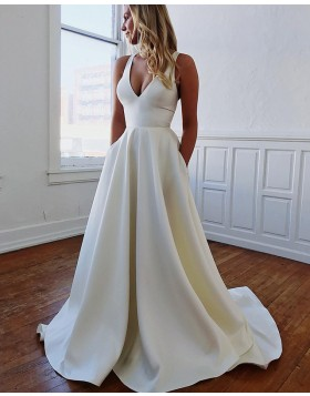 Simple V-neck Simple Satin Pleated Fall Wedding Dress with Pockets WD2108