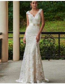 78ef43bc0b92 Classic V-neck Vintage Ivory Lace Mermaid Wedding Dress WD2163
