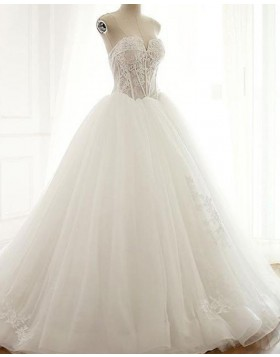 Sweetheart Lace Applique Ivory Ball Gown Wedding Dress WD2208