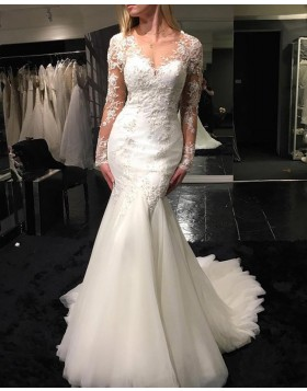 V-neck Lace Applique Ivory Wedding Dress with Long Sleeves WD2247