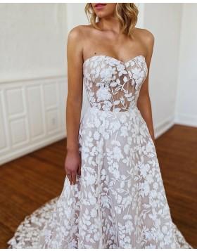 Sweetheart White Lace A-line Wedding Dress