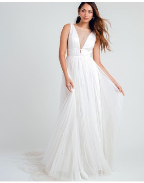 Deep V-neck White Pleated Beach Wedding Dress