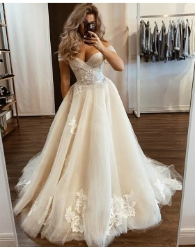 Off the Shoulder Ivory Tulle Applique Wedding Dress WD2433
