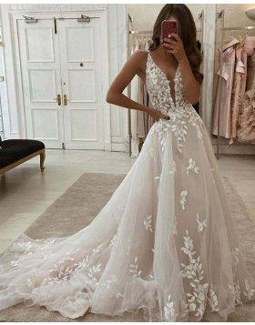 V-neck Lace Applique Ivory A-line Wedding Dress WD2436